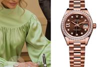 "وكذلك ساعة من طراز Rolex ""Oyster Perpetual"" everose"