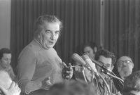وكانت جولدا مائير ترفض السلام قبل حرب أكتوبر نظرًا لغرورها وشعورها الدائم بالإنتصار ولكن بعد الحرب استسلمت للأمر الواقع