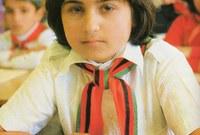 صورة لطالبة أفغانية في فترة السبعينيات