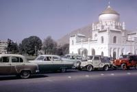 تميزت أفغانستان في الخمسينيات والستينيات بمستوى عالي من الأمان فكان بمقدور السياح أن يتجولوا بين مدنها في أمان تام ودون خوف