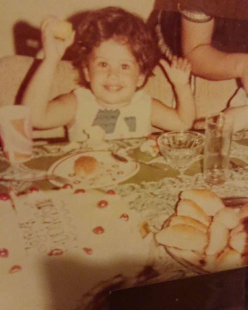 """ولدت """"ريا"""" أبي راشد في 12 مايو عام 1977 بالعاصمة اللبنانية بيروت"""