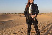 لكنها تسافر كثيرا بحكم عملها ومن أماكن عطلتها المفضل ميامي والأردن، وتقضي الأعياد في لبنان