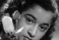 وُلدت وردة في باريس في 22 يوليو عام 1939، لأب جزئري وأم لبنانية