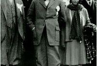 1934.. منع تعدد الزوجات، واستبدال عقود الزواج المدنية بالزواج الشرعي