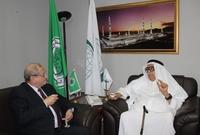 """كما أنه أحد أكبر المستثمرين العرب في مجال الإعلام من خلال شبكة """"ART""""، و """"راديو وتلفزيون العرب""""، وشركة """"مسك"""" الإعلامية العربية"""