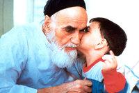 توفي الخميني عن عمر يناهز 87 عامًا، في 3 يونيو 1989م، ودفن في طهران