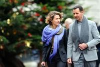تربط عائلة مخلوف وعائلة الأسد الحاكمة في سوريا صلة قرابة، حيث يعتبر رامي مخلوف ابن خال الرئيس السوري بشار الأسد، الأمر الذي سهل وصوله وسيطرته اقتصاديًا وتجاريًا على قطاع كبير من الأعمال التي يمتلكها ويديرها