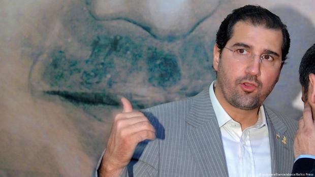 رامي مخلوف، من أغنى أغنياء سوريا والشرق الأوسط، كما يعتبر الشخصية الأكثر نفوذًا داخل سوريا بالإضافة لكونه الشخصية الاقتصادية الأهم بها