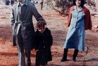 والزوجة الثانية هي صفية فرقاش وأنجب منها سبعة من أبنائه. وقد تبنى الزوجان ابن وابنة هما ميلاد وهناء التي لقيت حتفها أثناء القصف الامريكي على طرابلس عام 1986