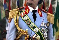 """رحب القذافي بفريق عمليات التفتيش للتحقق عن برامج أسلحة الدمار الشامل في طرابلس بعد القبض على الرئيس العراقي """"صدام حسين"""" للتأكد من خلو بلاده من هذه الأسلحة"""