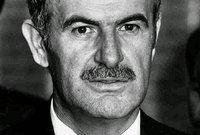 شكلت وفاة باسل الأسد المفاجئة أكبر هزة يواجهها حافظ الأسد في حياته حسب قول الكثيرين فلم تكن وفاته مجرد وفاة ابن له