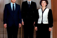 تسببت وفاة باسل الأسد في تغيير المشهد السياسي في سوريا بشكل كامل حيث توجهت الدفة إلى شقيقه الأصغر بشار والذي كان متواجدًا في لندن في تلك الفترة ولم يكن له أي أنشطة أو مشاركات سياسية تذكر على خلاف شقيقه الأكبر باسل