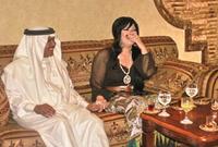 صور محمد عبدة وزوجته الفرنسية من أصل جزائري