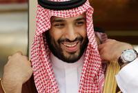 تحدث بن سلمان أيضًا عن عدم إلزام المرأة السعودية بارتداء العباءة أو غطاء الرأس الأسود قائًلا: «القوانين واضحة جدا ومحددة في مبادئ الشريعة، التي تنص على أن النساء عليهن ارتداء ملابس لائقة ومحترمة، كما تنص على ذلك للرجال أيضًا»