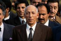 عاد إلى الجزائر عام 1992 بعد غياب 27 عام عقب استقالة الرئيس الشاذلي بن جديد، حيث قال أنه قدم لإنقاذ الجزائر بكل ما أوتي من قوة وصلاحية