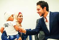 يشتهر بمشاركته في الكثير من الأنشطة الخيرية والمبادرات وخاصة المهتمة بتمكين الشباب