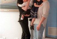 قيل أن من أسباب الانفصال هو اعتناق أطفالهما الديانة السينتالوجية وهو ما ترفضه نيكول كيدمان بشدة