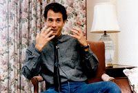 """وفي عام 1993 شارك """"توم هانكس"""" في بطولة فيلم """"Philadelphia"""" مع النجم """"دينزل واشنطن""""، وكان أداء """"هانكس"""" مميز"""