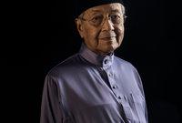 أعظم إنجازاته خلال فترة حكمه كرئيس للوزراء كانت استراتيجية الانتعاش الاقتصادي التي اتبعها عقب الأزمة الاقتصادية الآسيوية في عام 1998