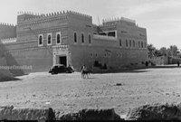 وبعد توحيد المملكة عام 1932 تحت مسمى المملكة العربية السعودية فقد أمر الملك عبد العزيز ببناء قصر خاص لشقيقته وهو قصر الشمسية ليكون مقرها وتمارس فيها مهامها المُسندة إليها لتسكن بالقصر مع زوجها الأمير سعود