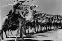 في يناير 1902 توجه الأمير عبد الرحمن إلى الرياض مع قوات صغيرة بلغت 80رجلا لكنه تجنب مواجهة آل رشيد كونها تفوقه عددا وعتادا وركز على عقد تحالفات مع القبائل المعادية لهم والقبائل المؤيدة له وتمكن من زيادة عدد قواته