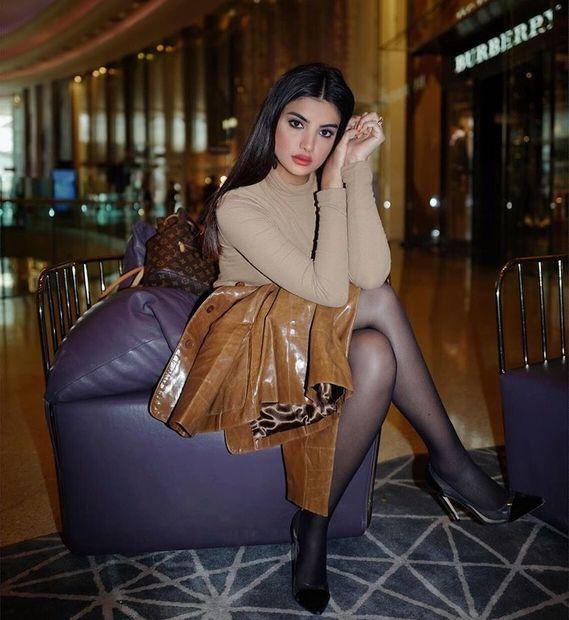 علا فرحات، مدونة فلسطينية الجنسية ولدت في كندا وتعيش في دبي