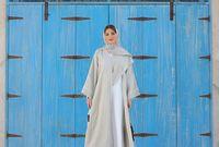 فاطمة حسام، مدونة موضة إمارتية، كانت دراستها متعلقة بالطيران وإدارة المطارات ولكنها دخلت مجال الموضة وخاصة موضة المحجبات