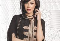 تشتهر بأنها من أكثر النجمات اللاتي يتألقن في القفطان المغربي حيث تحرص على ارتداء الزي التقليدي لبلادها