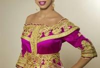 تعد من أكثر النجمات اللاتي يرتدين القفطان المغربي بشكل مستمر