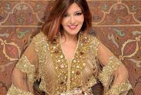 ترتدي سميرة سعيد الزي المميز في بلادها بين الحين والآخر