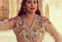 الفنانة المغربية هدى سعد، تعد من أشهر المغربيات اللاتي يرتدين القفطان بشكل دائم