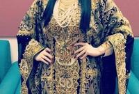المطربة الأردنية ديانا كرزون، من أوائل النجمات العربية اللاتي اشتهرت بارتداء القفطان
