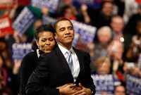 وصف أوباما زوجته ميشيل بأنها أهم وأكبر أسباب نجاحه في حياته العملية والسياسية وأنها أكثر شخص يثق برأيها وحكمتها