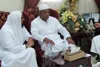 غير تايسون اسمه إلى عمر عبد العزيز قبل أن يغيره إلى مالك باعتباره شبيهًا باسمه الأصلي مايك