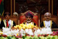 واشتهر السلطان قابوس بأنه صانع نهضة عمان وميز السلطنة بنسق سياسي حيادي لطالما اشتهرت به عمان وتجنبت به الاحتكاك في صراعات كثيرة شهدها الشرق الأوسط