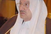 وهو والد الأمير الوليد بن طلال المصنف كأغنى رجل في الوطن العربي، وهو الأخ الأصغر للملك سلمان بن عبد العزيز ملك المملكة العربية السعودية الحالي