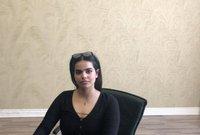 وقامت بتحصين نفسها في غرفة بفندق المطار الذي كانت تتواجد فيه، ومنعت أي أحد من الدخول عليها، وأعلنت أنها ارتدت عن الدين الإسلامي ولم تعد مسلمة بعد الآن