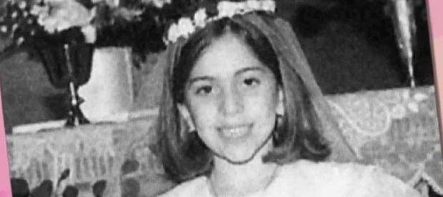 ستيفاني جوان أنجلينا جيرمانوتا  المعروفة باسم ليدي جاجا ولدت عام 1986 في نيويورك بأمريكا