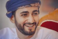 كما أنه أصغر وزير في حكومة سلطنة عُمان الجديدة بعدما تقلد منصب وزير الثقافة والرياضة