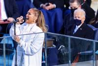 أحيت جينيفر لوبيز حفل تنصيب الرئيس الأمريكي جو بايدن رفقة زميلتها ليدي جاجا