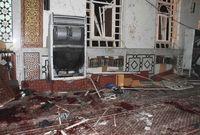 حيث وقع انفجار صغير قرب منبره قبل أن يسارع أحد الأشخاص إليه منهيًا حياته
