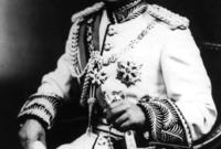 استيقظ الملك فيصل الثاني على أصوات طلقات نارية دون سابق إنذار ليهب الجميع فزعين الملك والوصي والأميرات والخدم