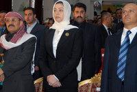 لكن تم اغتيال زوجها على يد عشيرته بعد أيام من عودته للعراق