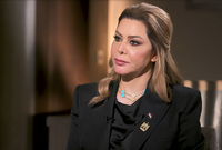 مضيفة: «عندما يكون رئيسك صدام حسين عليك أن تختار بين الرخاء والحرية»