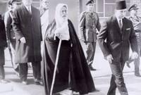 وبعد قيام الحرب العالمية الثانية دخل محمد إدريس السنوسي إلى ليبيا عام 1940 وتمكن من طرد الإيطاليين عام 1944 بعد هزيمتهم في الحرب العالمية الثانية واعترفت إيطاليا باستقلال ليبيا لكنها ظلت تحت الإدارة البريطانية الفرنسية