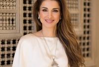 عملت الملكة رانيا على إصلاح التعليم، وحاربت من أجل تحسين المرافق المدرسية وجعل التدريب على اللغة الإنكليزية إلزامياً، كما تدعم كل ما يتعلّق بالصحة، تمكين الشباب، وتمويل المشاريع الصغيرة