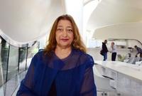ومن أشهر أعمالها مركز روزنتال للفن المُعَاصِر في أمريكا، والمتحف القومي للفنون بروما، ومركز لندن للرياضات البحرية، ومتحف إيلي وإديث للفن المُعاصِر في الولايات المتحدة الأمريكية