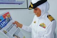 ليس فقط كونها محجبة على سطح السفينة، ولكن لأنها امرأة من الأساس تعمل على سطح إحدى القطع العسكرية البحرية