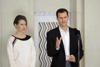 تزوج من السيدة أسماء الأسد عام 2000 وهي مواطنة بريطانية من أصل سوري وأنجب منها حافظ وزين وكريم