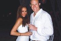 كانت متزوجه من الممثل والمنتج تريفور إنجلسون منذ 2011 لكنهما انفصلا سريعا في 2013